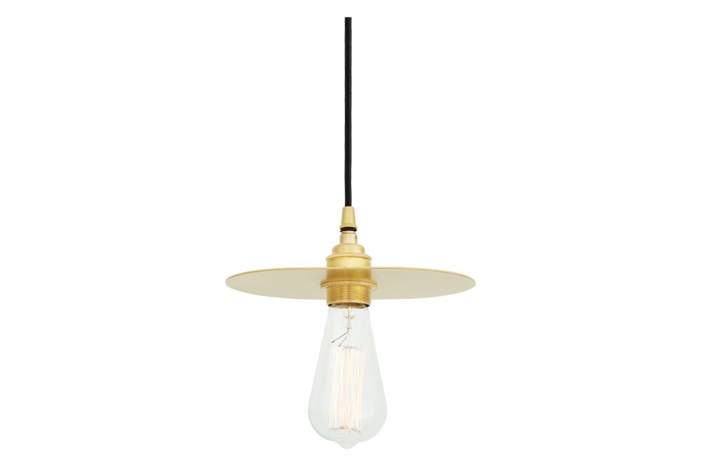 https://res.cloudinary.com/clippings/image/upload/t_big/dpr_auto,f_auto,w_auto/v1613576113/products/kigoma-pendant-light-satin-brass-black-round-braided-fabric-mullan-lighting-clippings-10117321.jpg