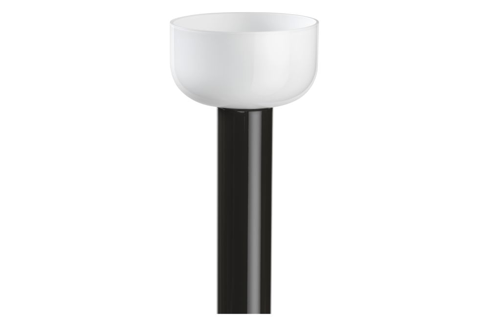 https://res.cloudinary.com/clippings/image/upload/t_big/dpr_auto,f_auto,w_auto/v1614624169/products/bellhop-floor-lamp-flos-edward-barber-jay-osgerby-clippings-11506076.jpg