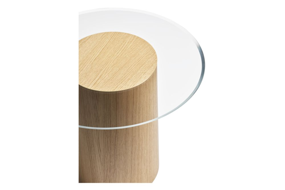 https://res.cloudinary.com/clippings/image/upload/t_big/dpr_auto,f_auto,w_auto/v1617024833/products/stub-side-table-fritz-hansen-mette-schelde-clippings-11518757.jpg