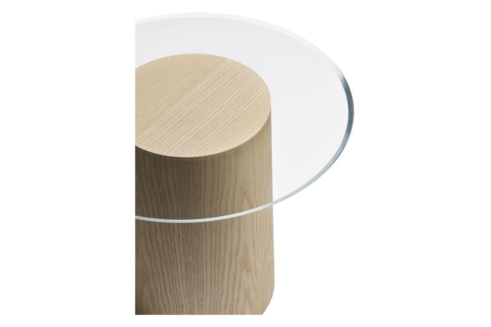 https://res.cloudinary.com/clippings/image/upload/t_big/dpr_auto,f_auto,w_auto/v1617024849/products/stub-side-table-fritz-hansen-mette-schelde-clippings-11518761.jpg