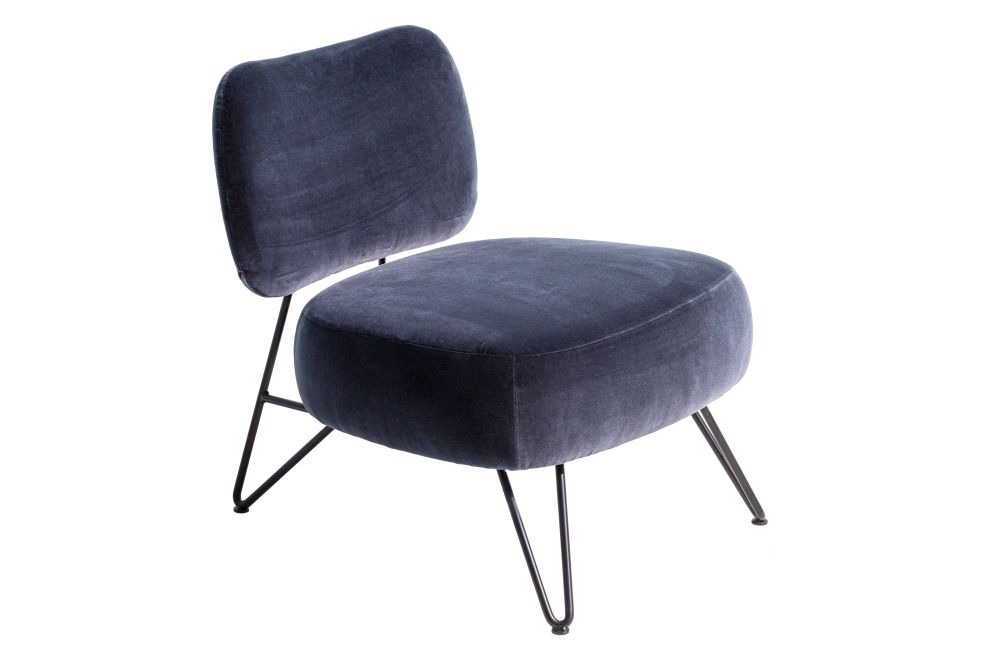 https://res.cloudinary.com/clippings/image/upload/t_big/dpr_auto,f_auto,w_auto/v1619552900/products/overdyed-reloaded-lounge-chair-diesel-living-with-moroso-diesel-creative-team-clippings-11528442.jpg