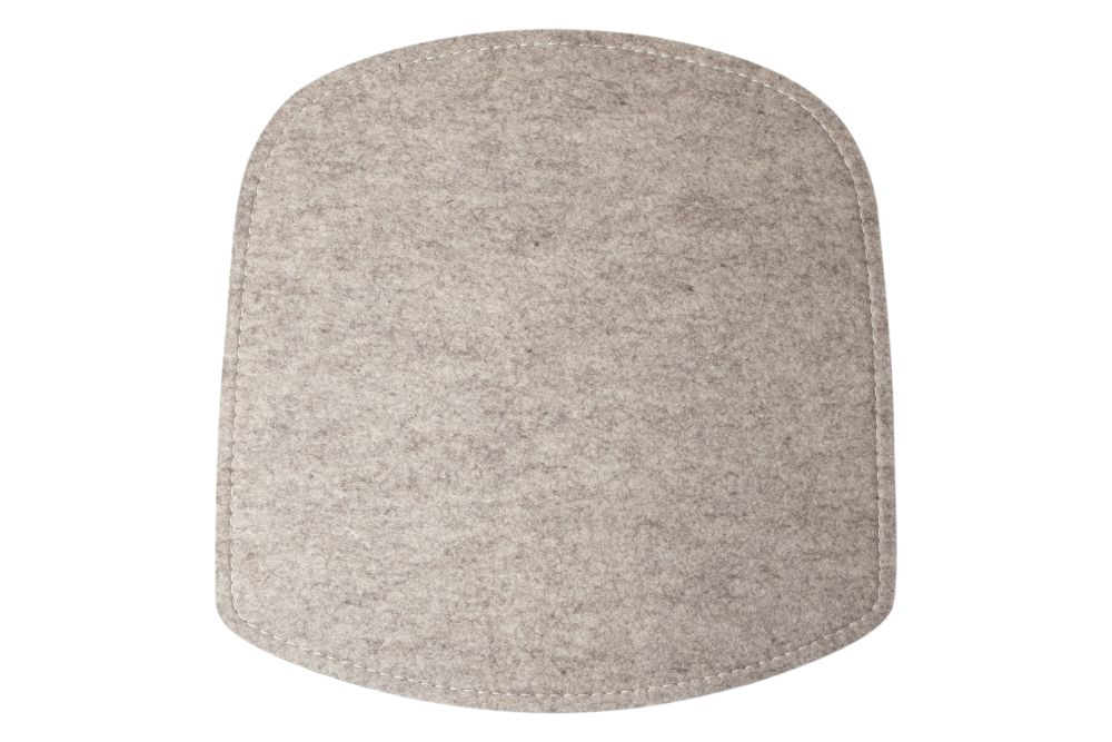https://res.cloudinary.com/clippings/image/upload/t_big/dpr_auto,f_auto,w_auto/v1619590425/products/wick-seat-cushion-design-house-stockholm-karl-malmvall-jesper-st%C3%A5hl-clippings-11528479.jpg