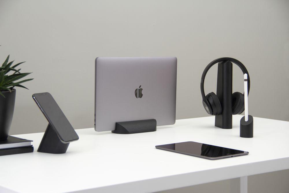 GEO, desk accessories collection Black