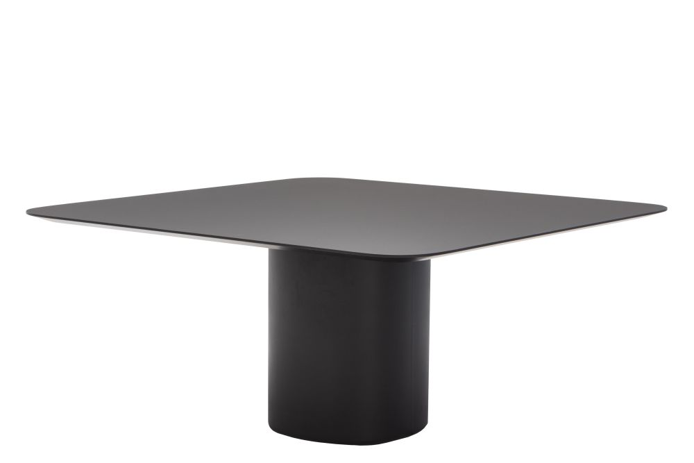 https://res.cloudinary.com/clippings/image/upload/t_big/dpr_auto,f_auto,w_auto/v1623853681/products/solid-conference-table-glass-black-steel-andreu-world-estudio-andreu-clippings-11531094.jpg