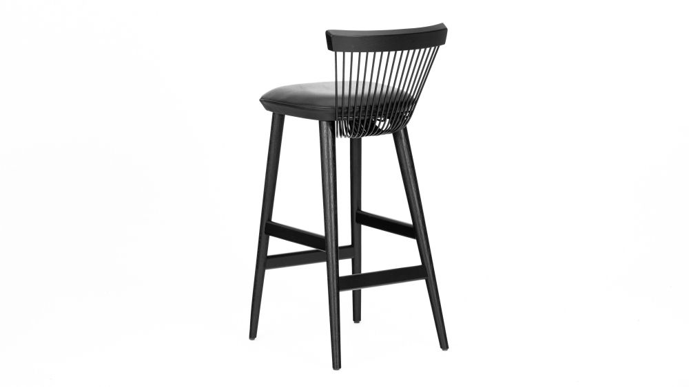 https://res.cloudinary.com/clippings/image/upload/t_big/dpr_auto,f_auto,w_auto/v1624528796/products/ww-bar-stool-black-leather-hayche-clippings-11531385.jpg