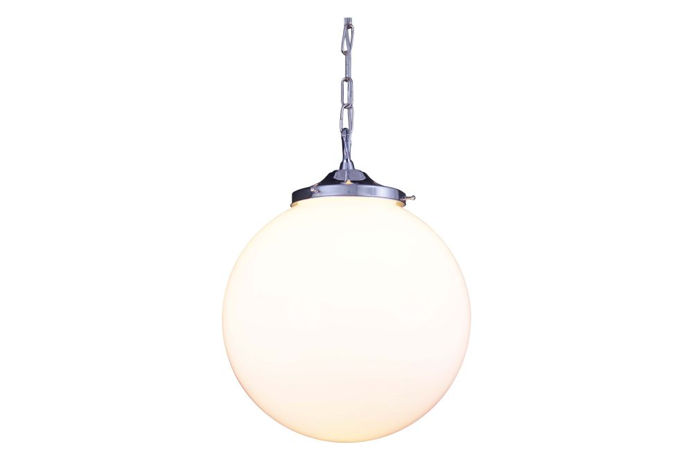 https://res.cloudinary.com/clippings/image/upload/t_big/dpr_auto,f_auto,w_auto/v1626349262/products/yerevan-pendant-light-polished-chrome-mullan-lighting-clippings-10117921.jpg