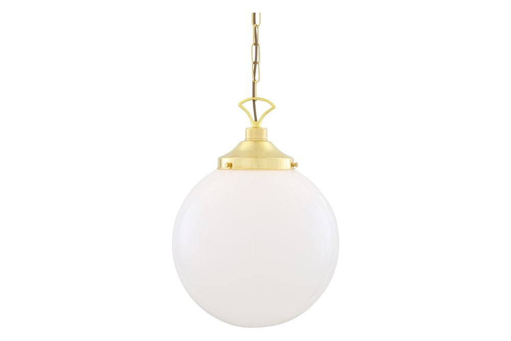 https://res.cloudinary.com/clippings/image/upload/t_big/dpr_auto,f_auto,w_auto/v1626349268/products/yerevan-pendant-light-mullan-lighting-clippings-11532276.jpg