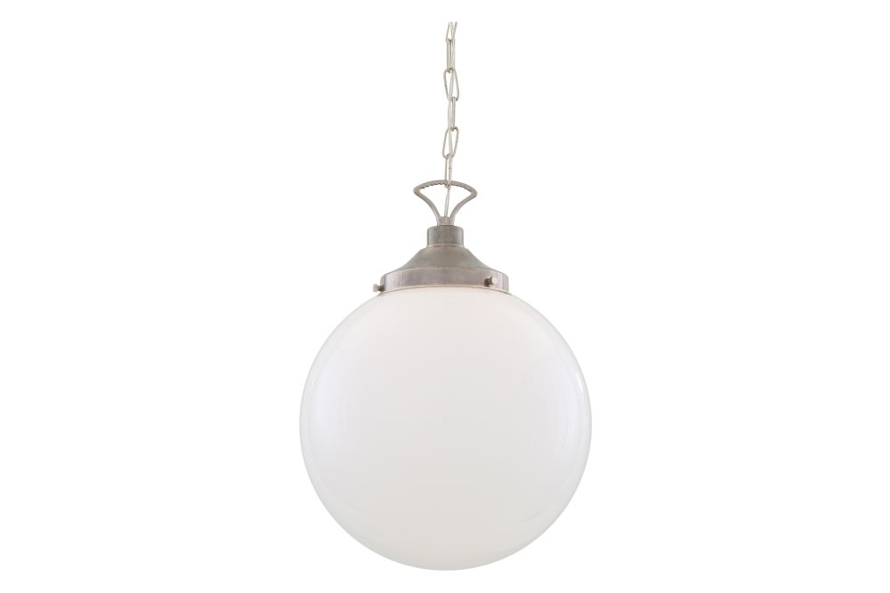 https://res.cloudinary.com/clippings/image/upload/t_big/dpr_auto,f_auto,w_auto/v1626349268/products/yerevan-pendant-light-mullan-lighting-clippings-11532278.jpg