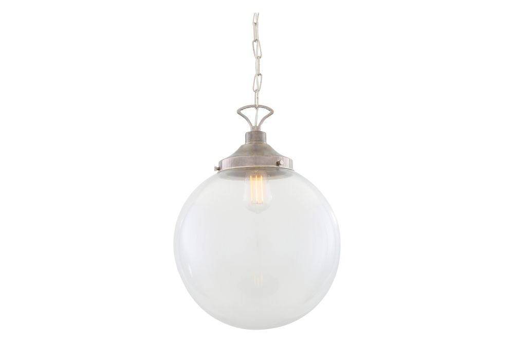 https://res.cloudinary.com/clippings/image/upload/t_big/dpr_auto,f_auto,w_auto/v1626420070/products/riad-pendant-light-mullan-lighting-clippings-11532345.jpg