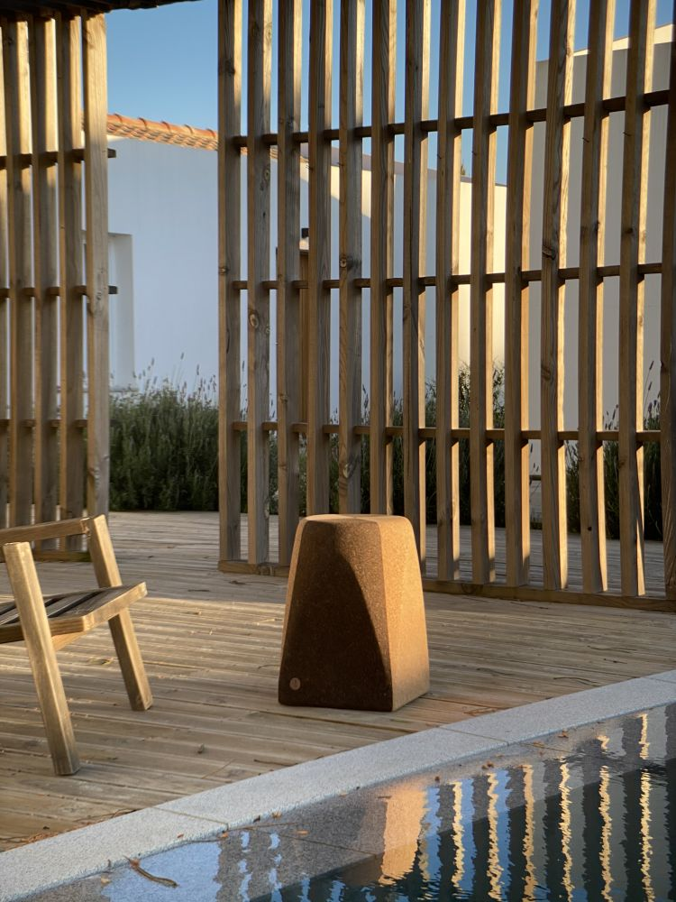 Duo stool | Project by Craveiral Farmhouse in Portugal