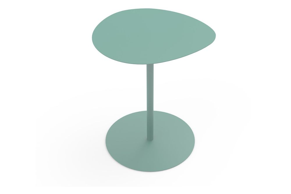 https://res.cloudinary.com/clippings/image/upload/t_big/dpr_auto,f_auto,w_auto/v1631776790/products/galet-bistrot-table-new-mati%C3%A8re-grise-luc-jozancy-clippings-11536342.jpg