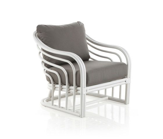 https://res.cloudinary.com/clippings/image/upload/t_big/dpr_auto,f_auto,w_auto/v2/product_bases/70s-reedited-casa-gran-armchair-by-expormim-expormim-clippings-4548642.jpg