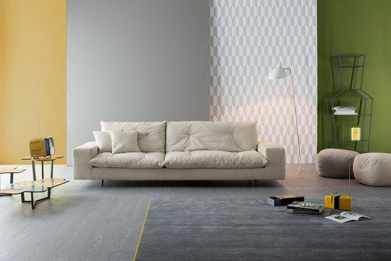 https://res.cloudinary.com/clippings/image/upload/t_big/dpr_auto,f_auto,w_auto/v2/product_bases/avarit-sofa-by-bonaldo-bonaldo-giuseppe-vigano-clippings-5137292.jpg