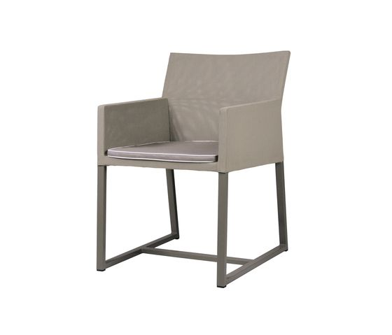 https://res.cloudinary.com/clippings/image/upload/t_big/dpr_auto,f_auto,w_auto/v2/product_bases/baia-hemp-dining-chair-by-mamagreen-mamagreen-clippings-6423752.jpg