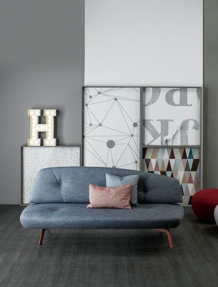 Bonaldo,Sofas,couch,floor,furniture,house,interior design,laminate flooring,living room,room,sofa bed,studio couch,table,wall
