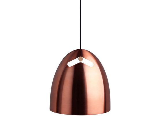 https://res.cloudinary.com/clippings/image/upload/t_big/dpr_auto,f_auto,w_auto/v2/product_bases/bell-30-p1-pendant-oak-copper-by-daro-daro-thomas-holst-madsen-clippings-3024902.jpg