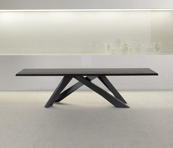 coffee table,desk,furniture,room,sofa tables,table