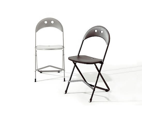 chair,folding chair,furniture,outdoor furniture,table