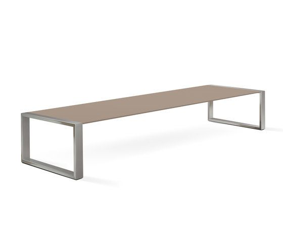 https://res.cloudinary.com/clippings/image/upload/t_big/dpr_auto,f_auto,w_auto/v2/product_bases/cima-lounge-tabla-200-low-table-by-fueradentro-fueradentro-hendrik-steenbakkers-clippings-3746982.jpg