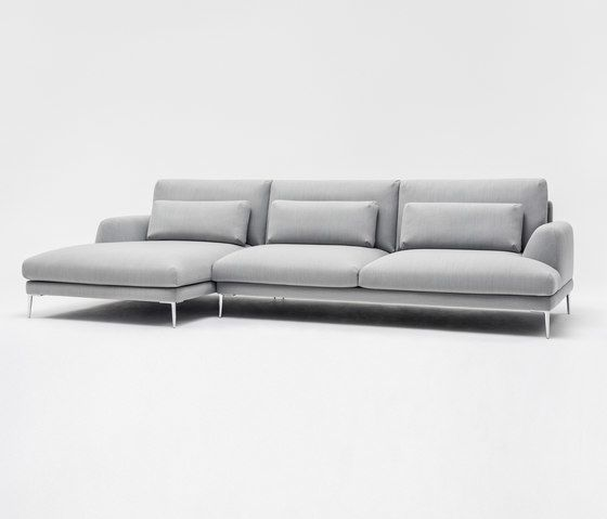 comfort,couch,furniture,leather,room,sofa bed,studio couch