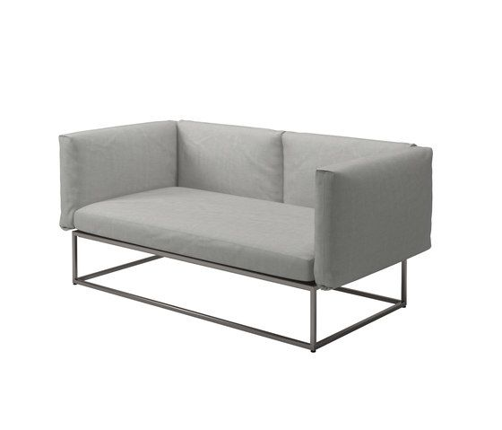 https://res.cloudinary.com/clippings/image/upload/t_big/dpr_auto,f_auto,w_auto/v2/product_bases/cloud-75x150-sofa-by-gloster-furniture-gloster-furniture-mark-gabbertas-clippings-8106892.jpg