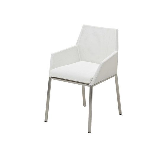 https://res.cloudinary.com/clippings/image/upload/t_big/dpr_auto,f_auto,w_auto/v2/product_bases/cloud-chair-with-arms-by-gloster-furniture-gloster-furniture-mark-gabbertas-clippings-3685962.jpg