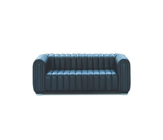 https://res.cloudinary.com/clippings/image/upload/t_big/dpr_auto,f_auto,w_auto/v2/product_bases/club-sofa-by-wittmann-wittmann-josef-hoffmann-clippings-6376062.jpg