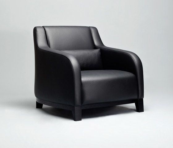 https://res.cloudinary.com/clippings/image/upload/t_big/dpr_auto,f_auto,w_auto/v2/product_bases/collins-armchair-by-comforty-comforty-tomek-rygalik-clippings-4617212.jpg