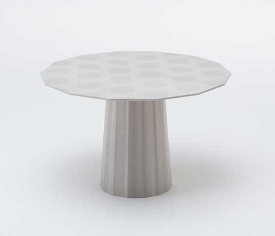 https://res.cloudinary.com/clippings/image/upload/t_big/dpr_auto,f_auto,w_auto/v2/product_bases/colour-wood-dining-dot-by-karimoku-new-standard-karimoku-new-standard-scholten-baijings-clippings-2851772.jpg