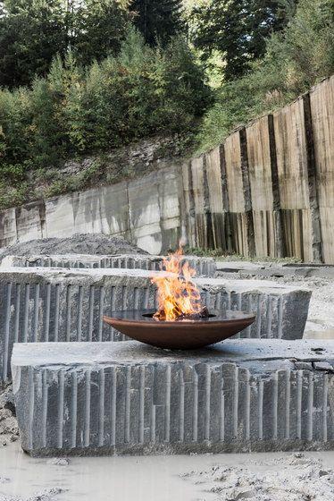Feuerring,Garden Accessories,flowerpot,furniture,sitting,table,water feature