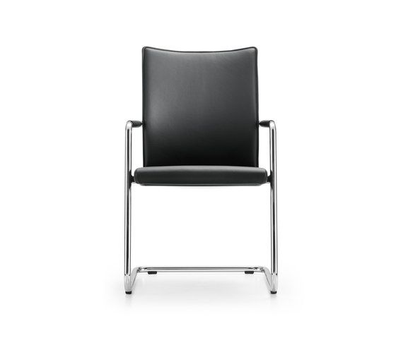 https://res.cloudinary.com/clippings/image/upload/t_big/dpr_auto,f_auto,w_auto/v2/product_bases/diagon-chair-by-girsberger-girsberger-burkhard-vogtherr-clippings-2284262.jpg