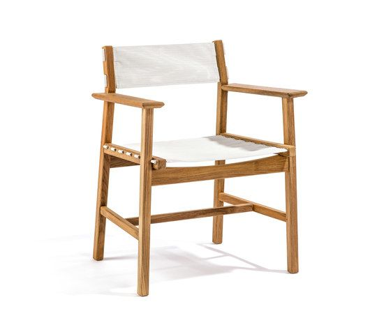 https://res.cloudinary.com/clippings/image/upload/t_big/dpr_auto,f_auto,w_auto/v2/product_bases/djuro-armchair-by-skargaarden-skargaarden-matilda-lindblom-clippings-7017362.jpg