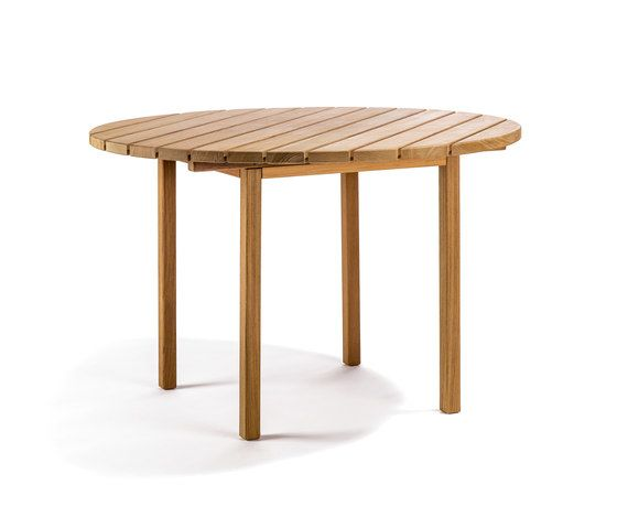 https://res.cloudinary.com/clippings/image/upload/t_big/dpr_auto,f_auto,w_auto/v2/product_bases/djuro-round-dining-table-by-skargaarden-skargaarden-matilda-lindblom-clippings-3688792.jpg