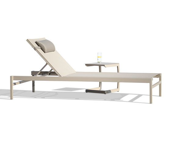 https://res.cloudinary.com/clippings/image/upload/t_big/dpr_auto,f_auto,w_auto/v2/product_bases/easy-sun-lounger-by-rausch-classics-rausch-classics-clippings-4362772.jpg