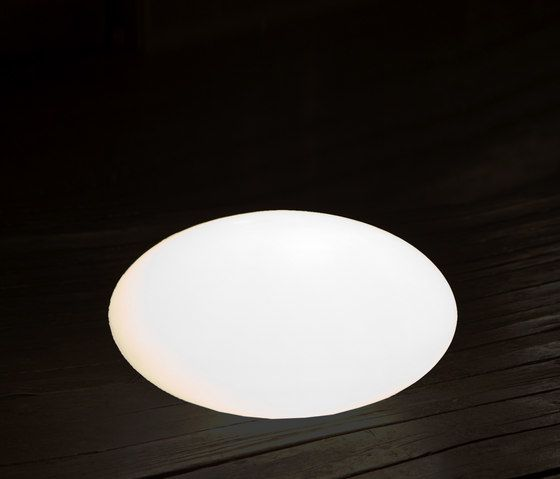 https://res.cloudinary.com/clippings/image/upload/t_big/dpr_auto,f_auto,w_auto/v2/product_bases/eggy-pop-out-by-cph-lighting-cph-lighting-guglielmo-berchicci-clippings-4449342.jpg