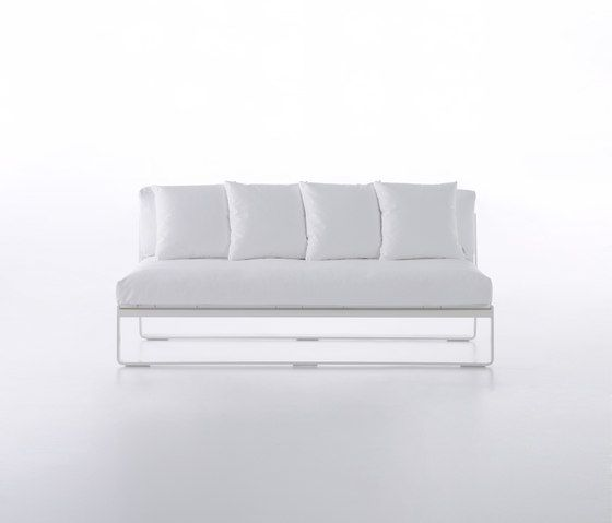 GANDIABLASCO,Outdoor Furniture,couch,furniture,sofa bed,white