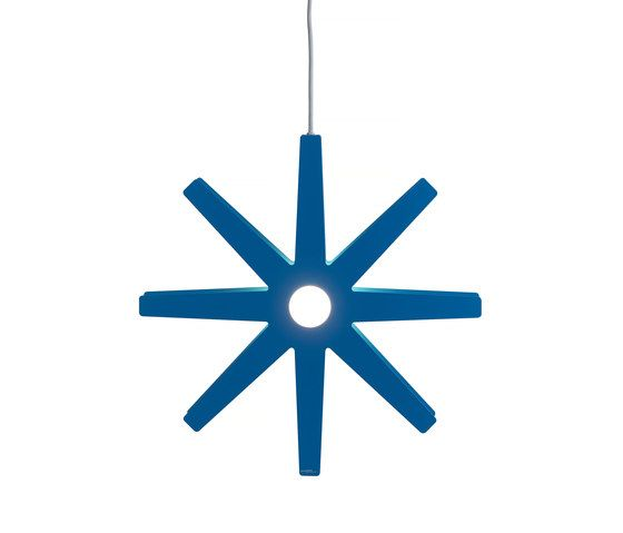 https://res.cloudinary.com/clippings/image/upload/t_big/dpr_auto,f_auto,w_auto/v2/product_bases/fling-50-pendant-medium-blue-by-bsweden-bsweden-david-taylor-clippings-2961782.jpg