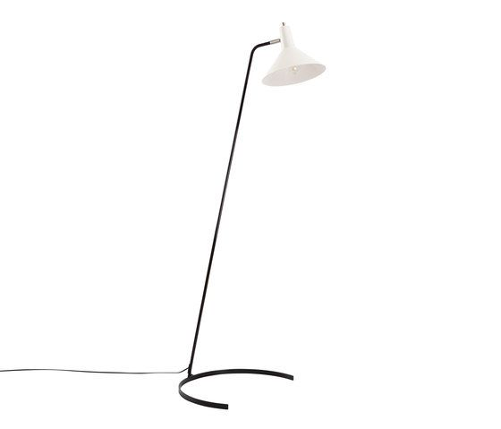 https://res.cloudinary.com/clippings/image/upload/t_big/dpr_auto,f_auto,w_auto/v2/product_bases/floor-lamp-no-1505-the-horse-shoe-by-anvia-anvia-jan-j-m-hoogervorst-clippings-4166772.jpg