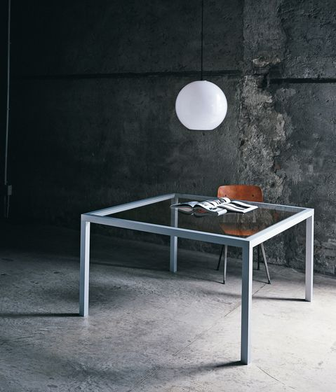 Glas Italia,Dining Tables,coffee table,furniture,still life photography,table