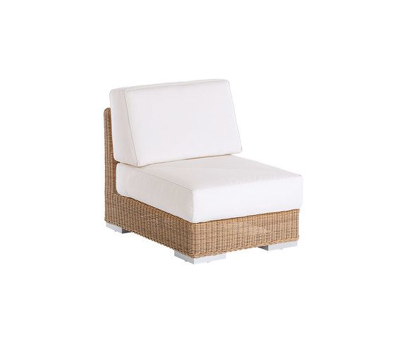 Point,Outdoor Furniture,beige,chair,furniture,outdoor furniture,wicker