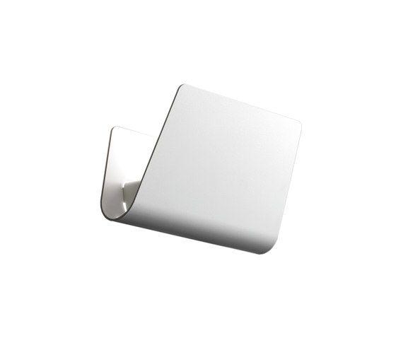 https://res.cloudinary.com/clippings/image/upload/t_big/dpr_auto,f_auto,w_auto/v2/product_bases/house-wall-by-carpyen-carpyen-gabriel-teixido-clippings-2310362.jpg
