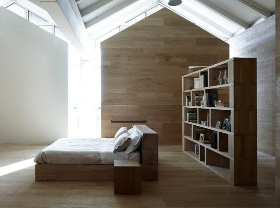 Itlas,Bookcases & Shelves,architecture,attic,bed,building,ceiling,floor,furniture,house,interior design,loft,property,room,shelf,shelving,wood
