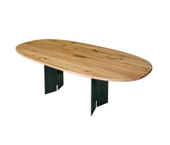 Ign. Design.,Dining Tables,coffee table,furniture,outdoor table,oval,table