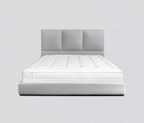 Comforty,Beds,bed,bed frame,bed sheet,bedding,box-spring,comfort,furniture,linens,mattress,mattress pad,textile,white