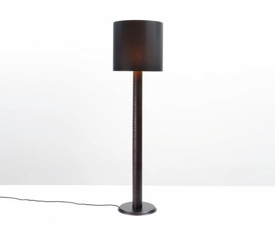 https://res.cloudinary.com/clippings/image/upload/t_big/dpr_auto,f_auto,w_auto/v2/product_bases/joint-floor-lamp-by-wildspirit-wildspirit-pierre-daems-clippings-2517152.jpg