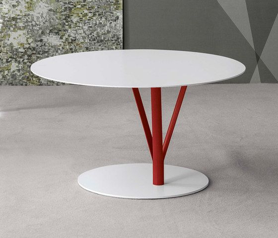 Bonaldo,Coffee & Side Tables,cake stand,coffee table,end table,furniture,material property,outdoor table,table