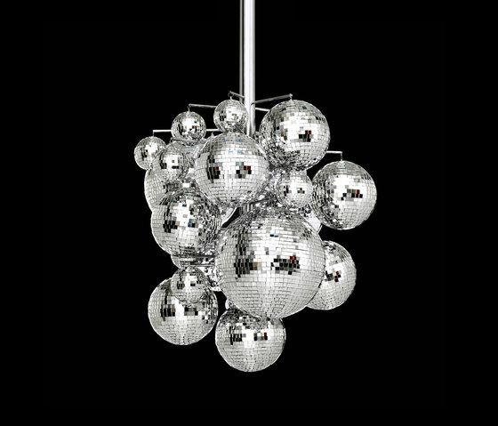 https://res.cloudinary.com/clippings/image/upload/t_big/dpr_auto,f_auto,w_auto/v2/product_bases/konfetti-chandelier-by-bsweden-bsweden-front-clippings-3038632.jpg