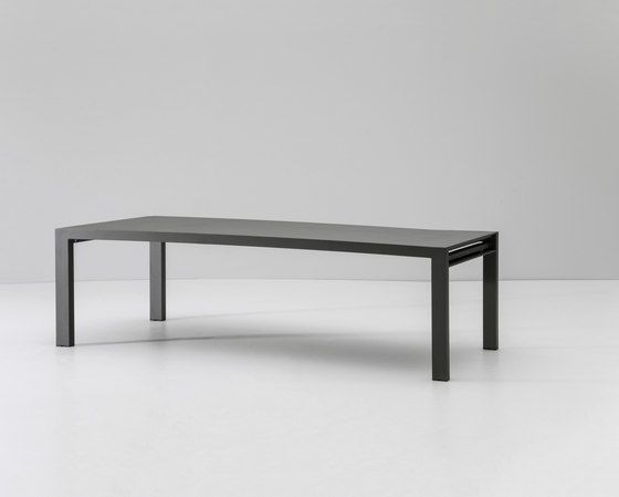 https://res.cloudinary.com/clippings/image/upload/t_big/dpr_auto,f_auto,w_auto/v2/product_bases/landscape-dining-table-8-guests-by-kettal-kettal-clippings-3720522.jpg