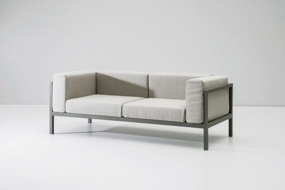 https://res.cloudinary.com/clippings/image/upload/t_big/dpr_auto,f_auto,w_auto/v2/product_bases/landscape-seater-2-xl-by-kettal-kettal-clippings-7994062.jpg