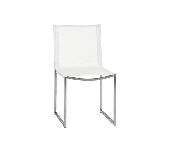 https://res.cloudinary.com/clippings/image/upload/t_big/dpr_auto,f_auto,w_auto/v2/product_bases/latona-dining-chair-by-manutti-manutti-clippings-7066592.jpg